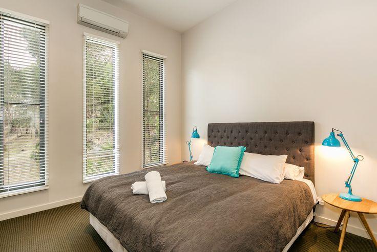 L'Vista Lorne master bedroom www.lvista.com.au