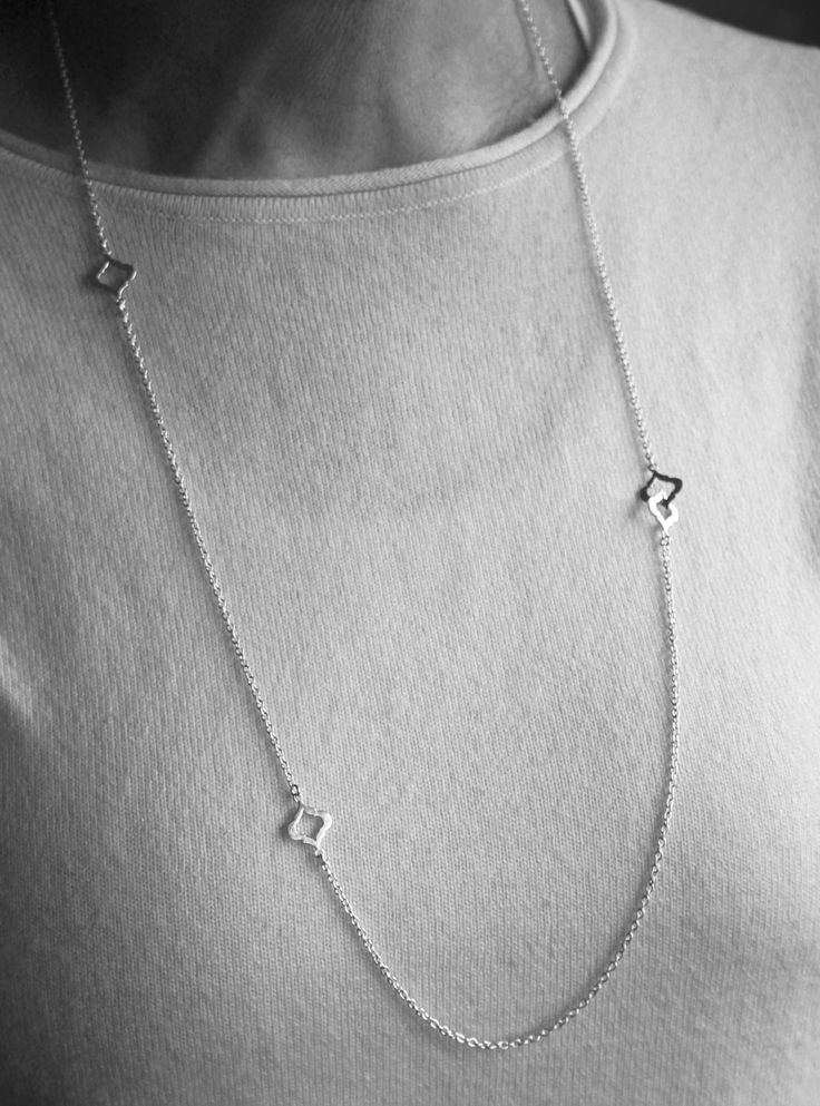 Chic long necklace