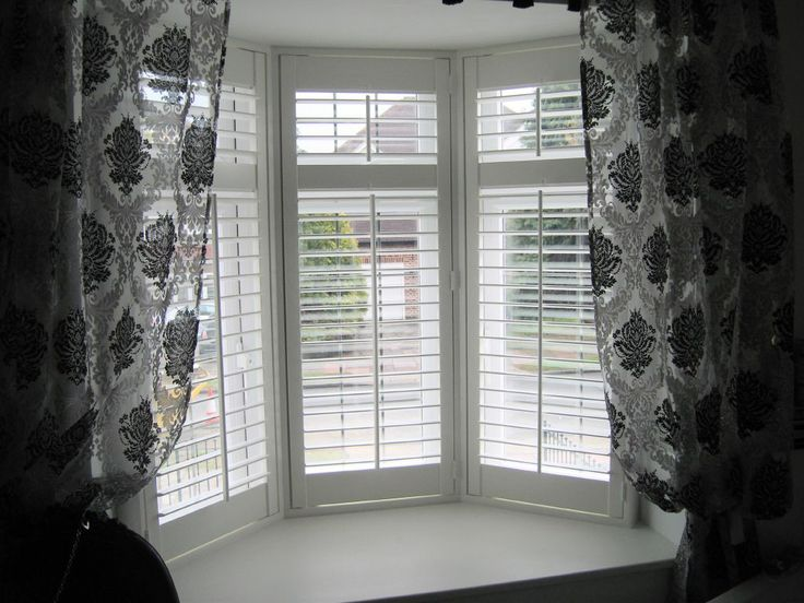 17 best images about bay window shutters on pinterest for Bay window interior