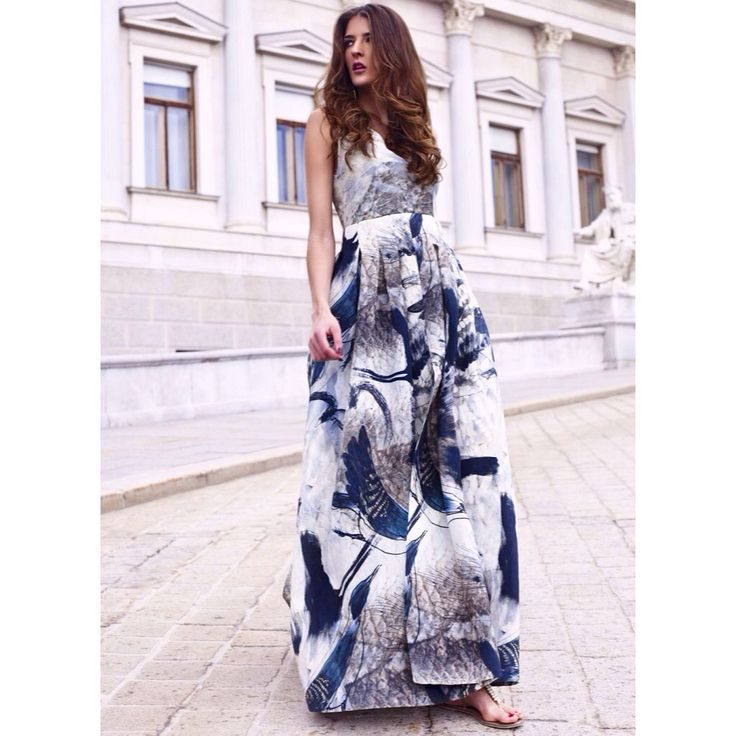 Check out our newest post! H&M Conscious Exclusice Collection SS15 @hm  #hm #dress #maxidress #sustainability #print #prints #art #parlament #wien #vienna #hair #makeup #editorial #streetstyle #style #fashion #instafashion #blog #fashionista #blogger #lifestyle #consciouscollection #spring #love #beauty #sandals