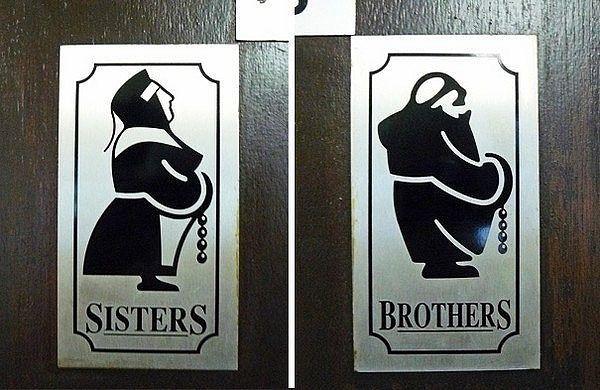 Креативные таблички  туалетов в разных странах