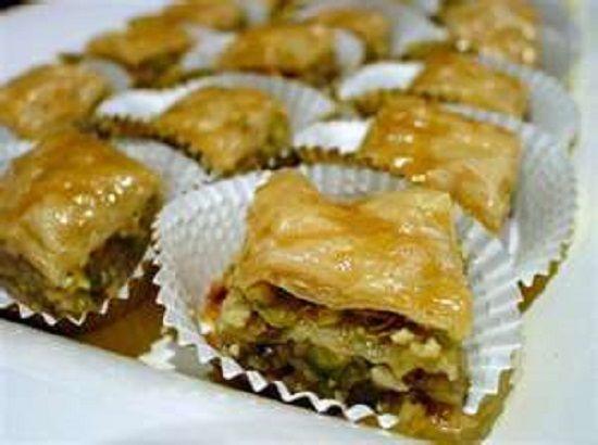 BAKLAVA * Honey, Nuts, Cinnamon ** VERY EASY to make ** dessert table or food gift **