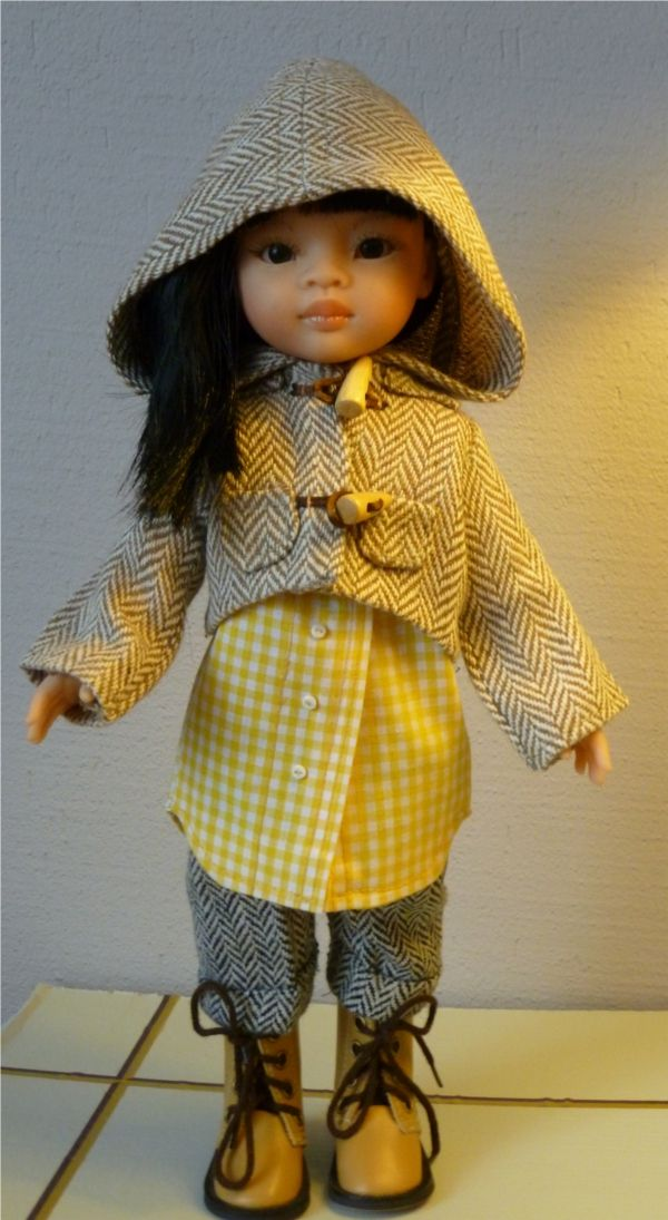 Patron de couture d'une manteau pour poupée | Ilys http://www.ilys.fr/manteau-poupee/