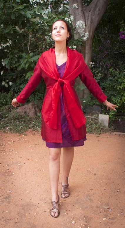 Castafiore jacket, chanderi and kota silk, this jacket can offer differnet looks, depending how you tie the collar.