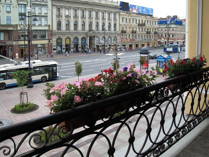 Невский проспект-Nevsky Prospect St. Petersburg