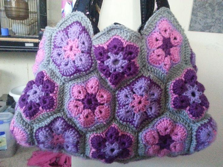 African Flower Handbag #Spotlight40 #crochet