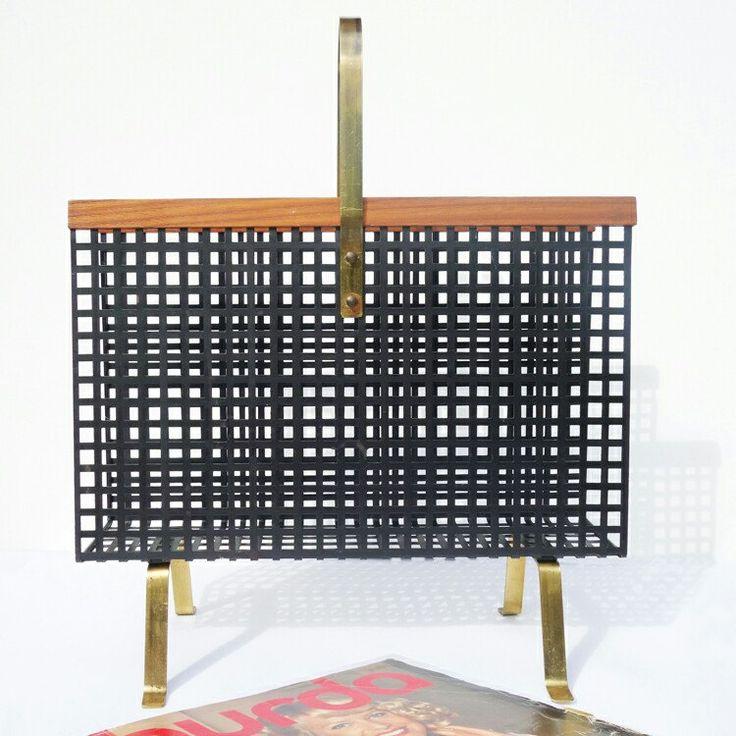 vintage zeitungsst nder holz. Black Bedroom Furniture Sets. Home Design Ideas