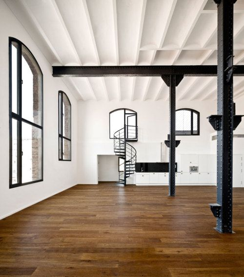 ,Studios Spaces, Floors, Dreams, Open Spaces, Interiors Design, Loft Spaces, Spiral Staircases, Black, Spirals Staircas