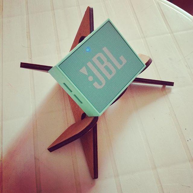 Our new little friend JBL Go sitting on a HERO stand. http://cremacaffedesign.com/hero/  #cremacaffedesign #herostand #jbl #jblgo #summeressentials #musicislife