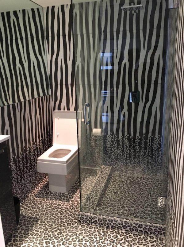 Urban jungle trend - tegels van Ornamenta voor de badkamer #urbanjungle