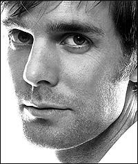 Peter Krause-Dad on Parenthood. (everyone tells Dan he looks just like him-not this pic though)