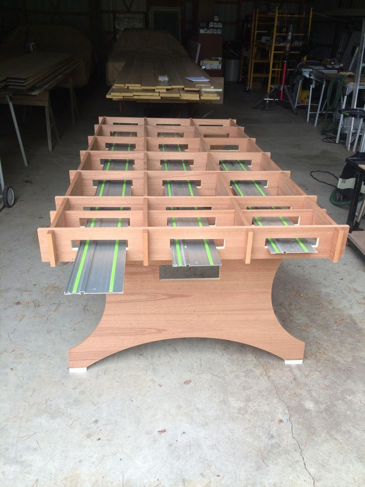 Cutting  Work Table
