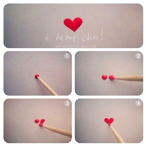 Böylesine minnoş bir kalp deseni yapmak sadece bir kürdan ile mümkün!