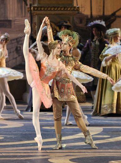 Svetlana Zakharova in the Bolshoi Ballet's Sleeping Beauty, October 2011