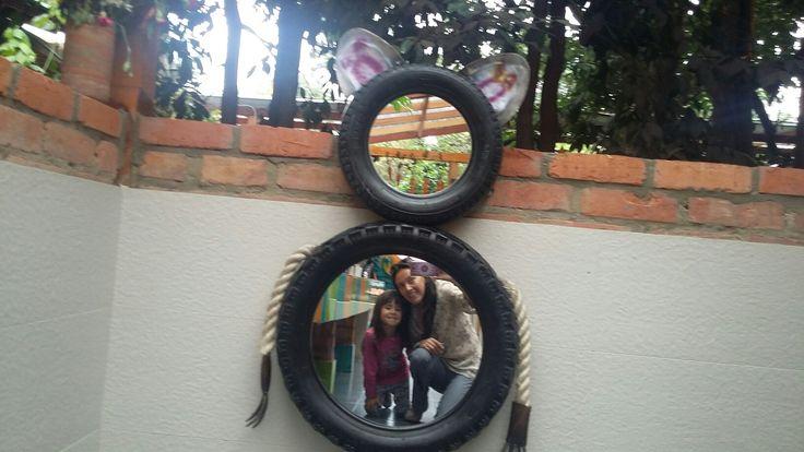 Espejo de neumáticos con forma de gato