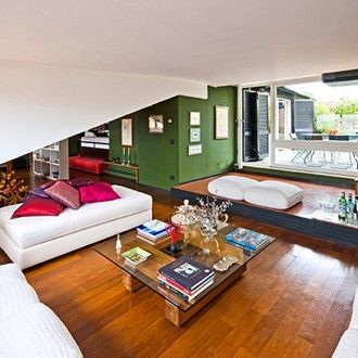 When in Rome: rent a molto magnificent penthouse pad
