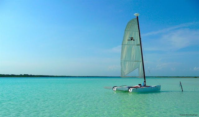 Bacalar, excursion en catamaran sur la lagune aux 7 couleurs