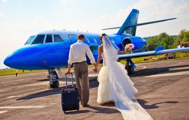 A my znowu medialnie... mały wywiad o podróżach poślubnych i nie tylko... :) zapraszamy do lektury :) http://natwojslub.com/podroze-poslubne/126-o-podrozach-poslubnych-i-nie-tylko-rozmawiamy-z-ewa-augustynowicz.html