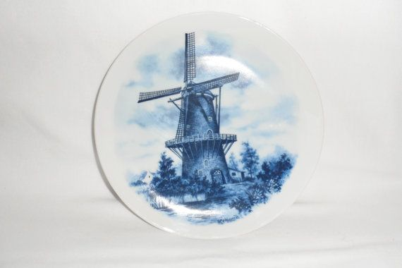 VINTAGE DELFT PLATE / 1970's Blue and White Authentic by BYGONERA