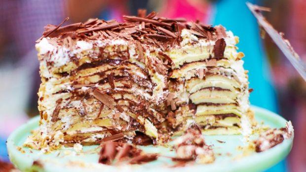 Jamie Olivers opskrifter | Pandekage-kage med chokolade og nødder