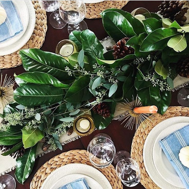 Thanksgiving tablescape inspiration featuring our Le Panier collection set amidst a beautifully simple and fresh #tablescape from @lisaleet. #JuliskaJoy #tableinspiration #seasonofgratitude #Juliska