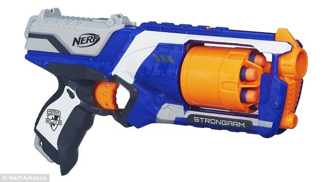 Video reveals how you can Nerf guns to fire ALL of its spongy ...