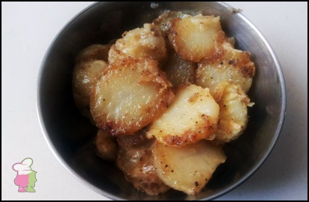 Easy Cheesy Potato - Learn the easy recipe of cheese and potato at http://ourvivaha.com/vivahakitchen/recipe/easy-cheesy-potato/