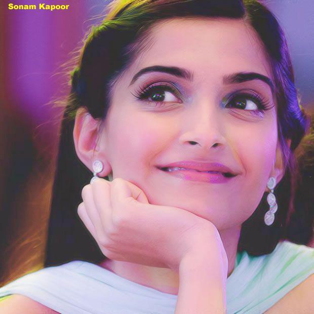 Bollywood Heroine Sonam Kapoor new photo