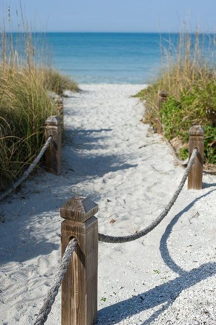 Vacation on Sanibel Island, Florida.... Yes, please! Start planning at MustDo.com