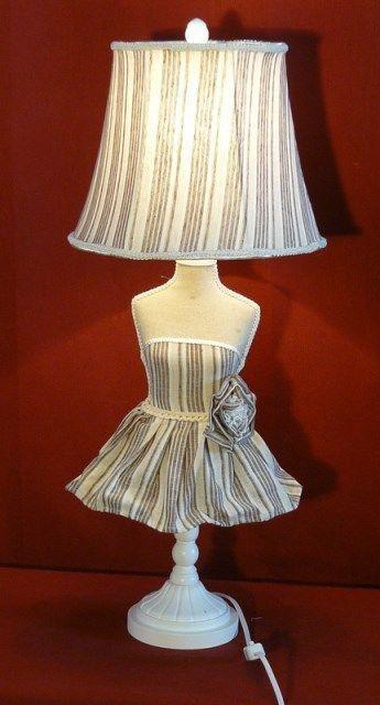 Lampada tavolo manichino beige shabby chic paralume tessuto cotone legno bianco