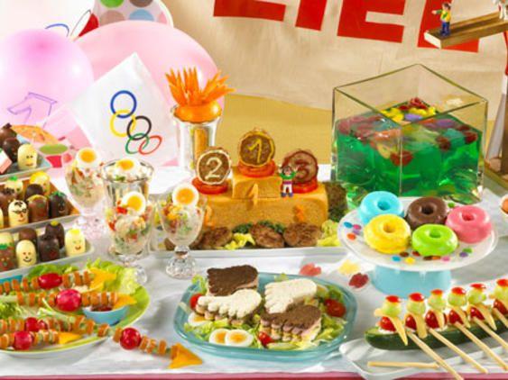 die besten 25 ideen zu kinderolympiade auf pinterest cupcake party dekorationen cupcake. Black Bedroom Furniture Sets. Home Design Ideas