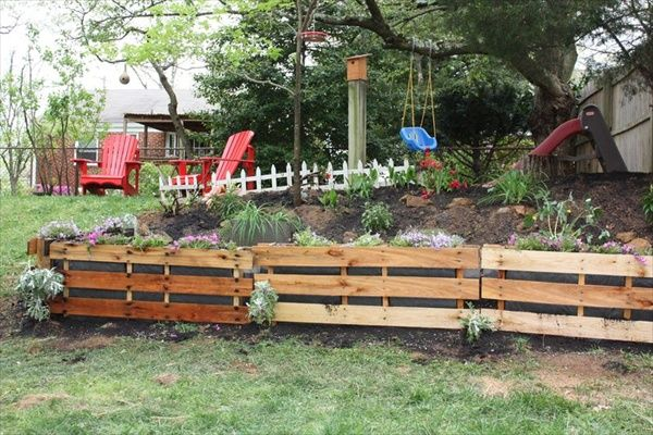 raised garden beds made from pallettes   How to Shimmer Your Pallet Garden