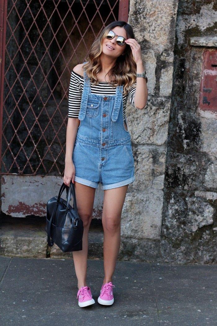 jardineira jeans, listras e superga