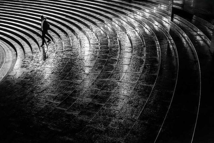 Black and White Minimalist Approach to Tokyo by Hiroharu Matsumoto #inspiration #photography