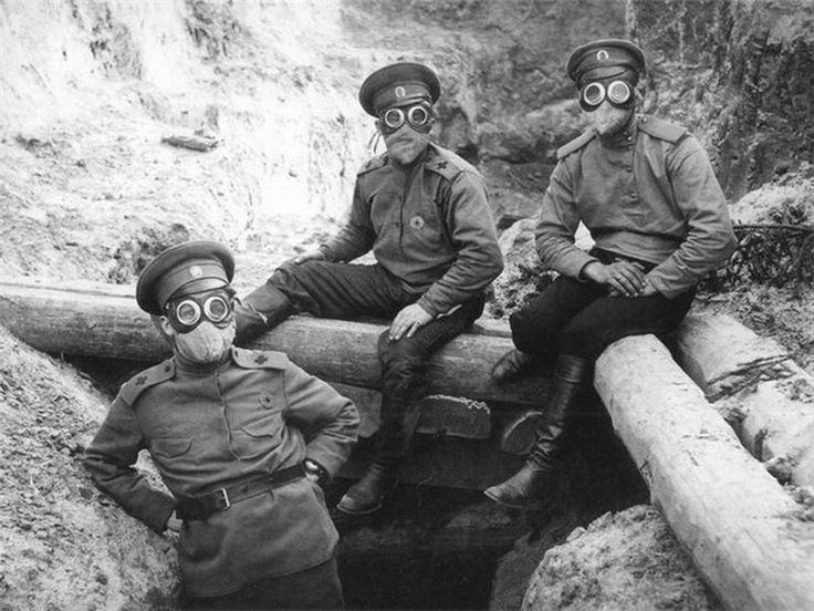 WWI, Russian soldiers with early protection against gas attacks. -WW1 Daily Pic - COH2.ORG