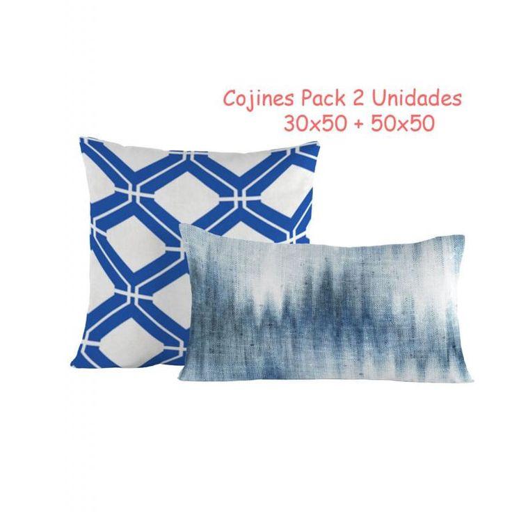 Combinación de dos cojines color azul. Cojines para decorar tu salón o sofá. Funda de Cojín Juanola azul 50x50 y Funda de Cojín Tejido Vaquero azul 30x50. #cojines #cojinesazules