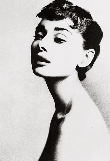 30 GLORIEUSES E.U.  Audrey Hepburn by Richard Avedon, travail pour Brodovitch