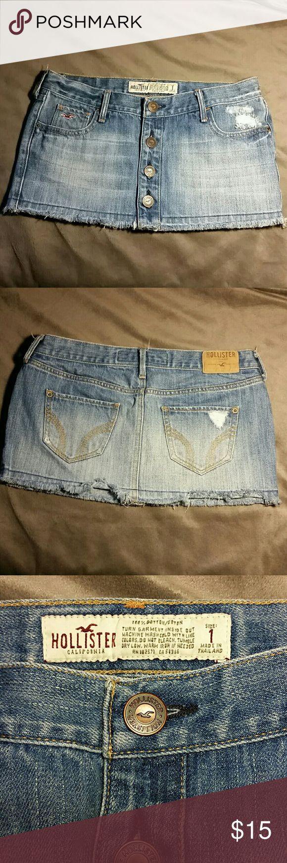 Hollister Micro Skirt Sz 1 skirt. Waist is 12'' Length is 7.5'' Hollister Skirts Mini
