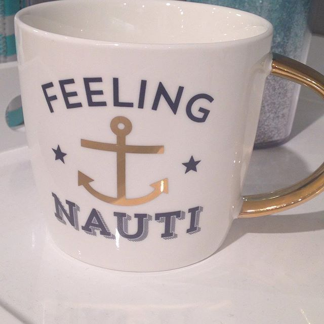 For all our nautical nuts! A perfect mug for the beach! Anchors away, ladies!