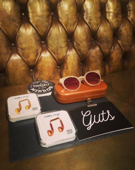 Lovely stuff! #welike #happyplugs #komono #presents #guts #postcards #happynewitems #chesterfield #girlsbehindguts #gutsgusto
