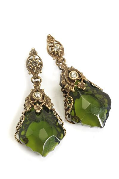 Jewelry by Sweet Romance Olivine Green Filigree Prism Earrings - Unique Vintage - Prom dresses, retro dresses, retro swimsuits.