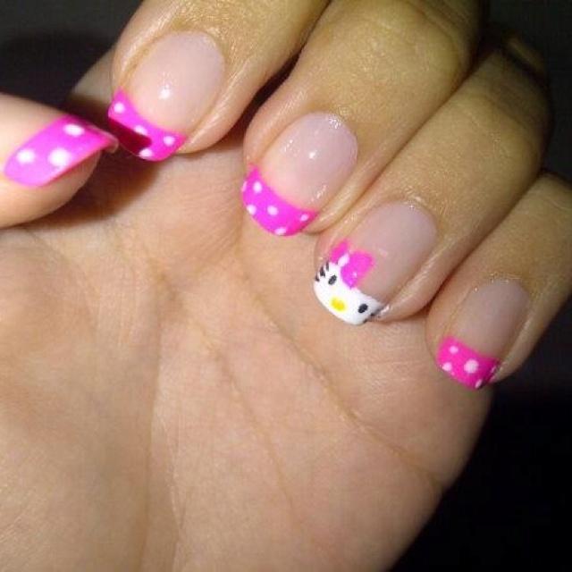 Mi manicure Hello kitty