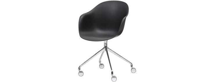 Hjemmekontor - skriveborde og stole i flot design