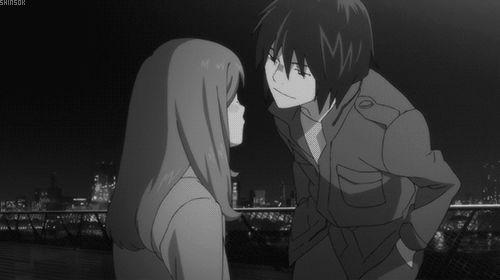 http://myanimelist.net/animelist/Giiihhh    Higashi no eden, um anime com programadores ;)