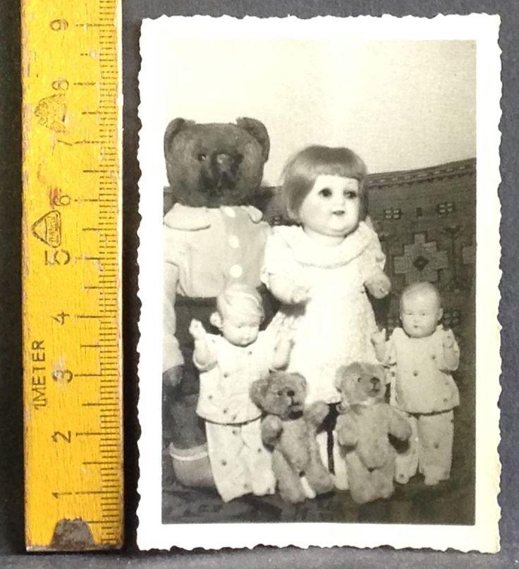 Kinder Spielzeug Teddy und Puppe auf original Foto