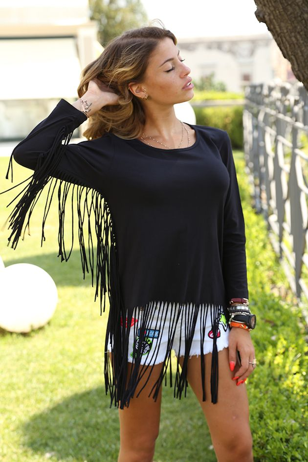 Chiara Nasti in t-shirt from Catch22 and the shorts from Follow Us