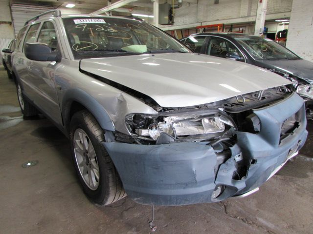 Parting out 2004 Volvo XC70 – Stock # 150331 « Tom's Foreign Auto Parts – Quality Used Auto Parts - Every part on this car is for sale! Click the pic to shop, leave us a comment or give us a call at 800-973-5506!