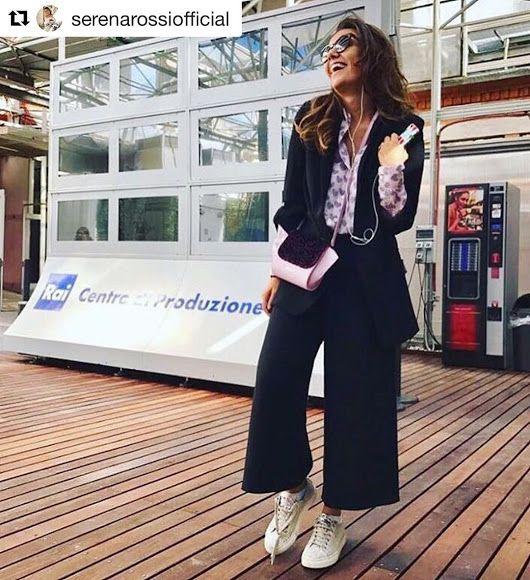 SERENA ROSSI indossa ##Stokton ##FabioSfienti https://instagram.com/p/BZR0VA-...