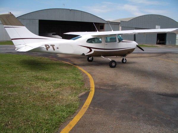 Cessna 210 L Centurion II