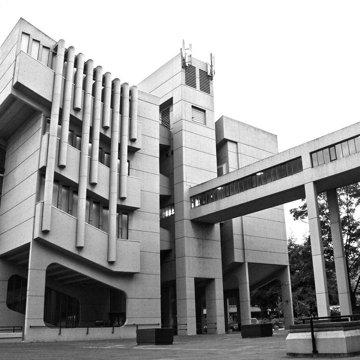 Roger Stevens Building at Leeds University Campus - Beautifully Brutal!